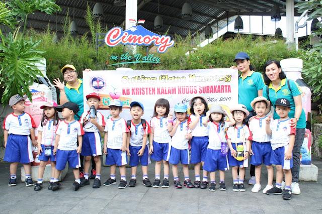 Kegiatan Outing Class KB Kristen Kalam Kudus Surakarta di Cimory