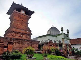 4 Jenis Peninggalan Sejarah Bercorak Islam di Indonesia