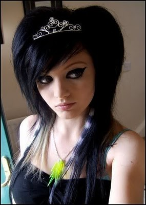be alert cute emo girls with beautiful hairstyle wallpapers