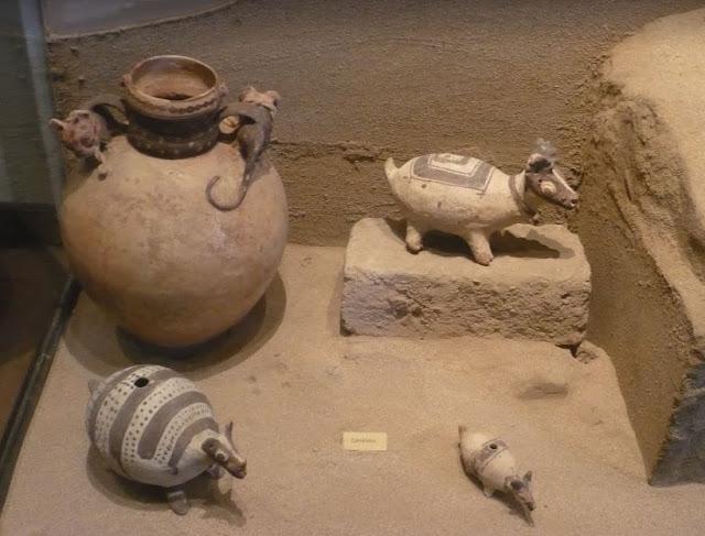 Ceramiche nel museo archeologico di Lima