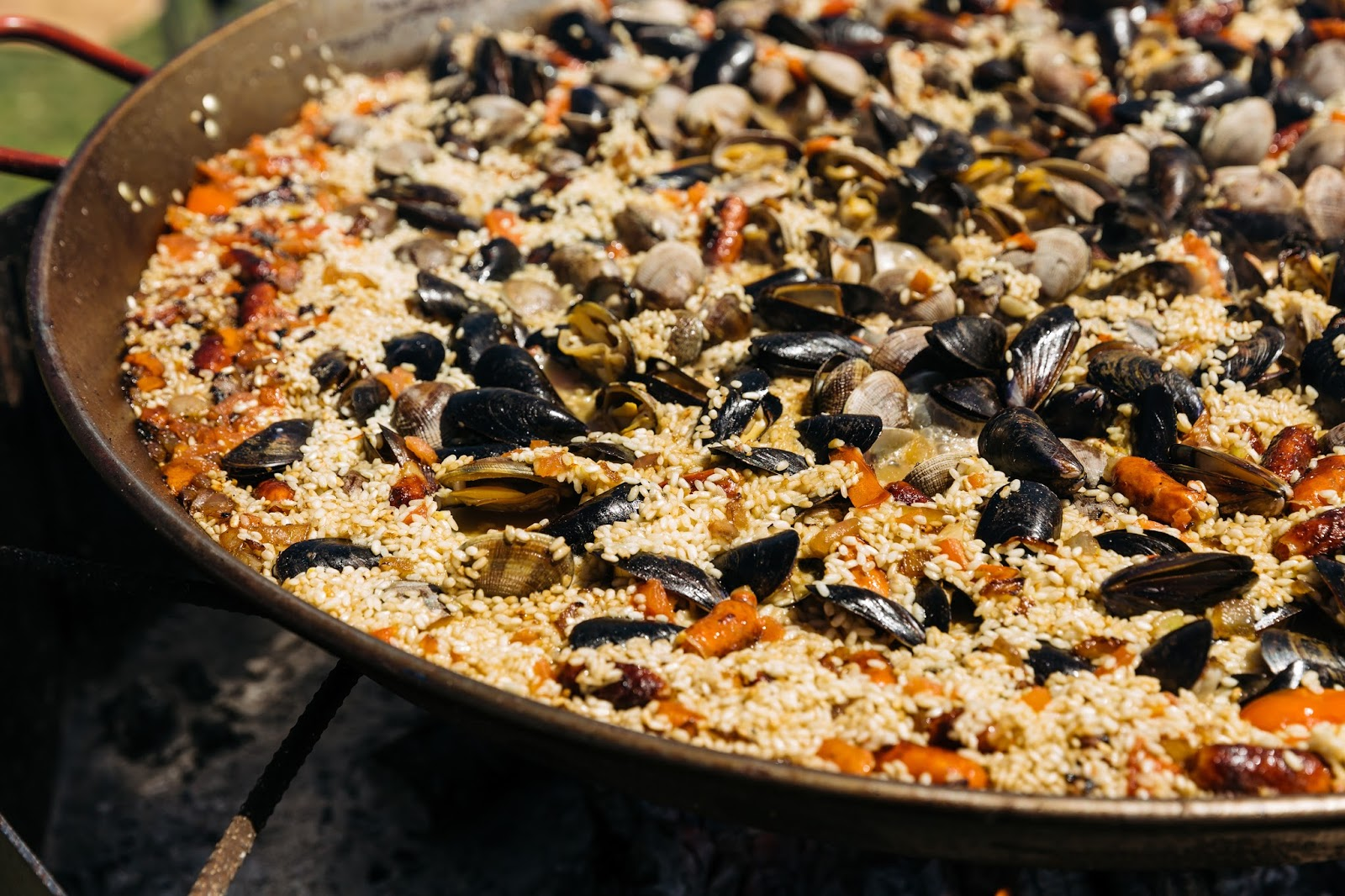 Aug 26 | Enjoy Unlimited Alcohol and Paella @ The Paella Wine & Beer ...