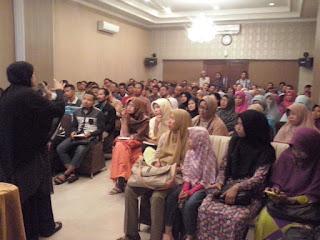 "Seminar Komunikasi ""Lisanmu Rejekimu"" Bersama Komunitas RCC Susu Haji Sehat & Kopi Tajir, 25 September 2016 Hotel Margansa Solo Jawa Tengah"