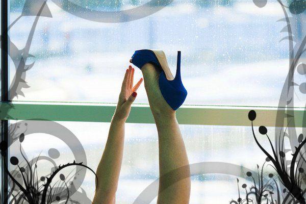 Scarpe con i tacchi vietate al lavoro? Non in Italia, scopri dove nel Mondo