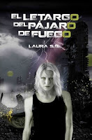 """Portada del libro """"El letargo del pájaro de fuego, de Laura S.B."""