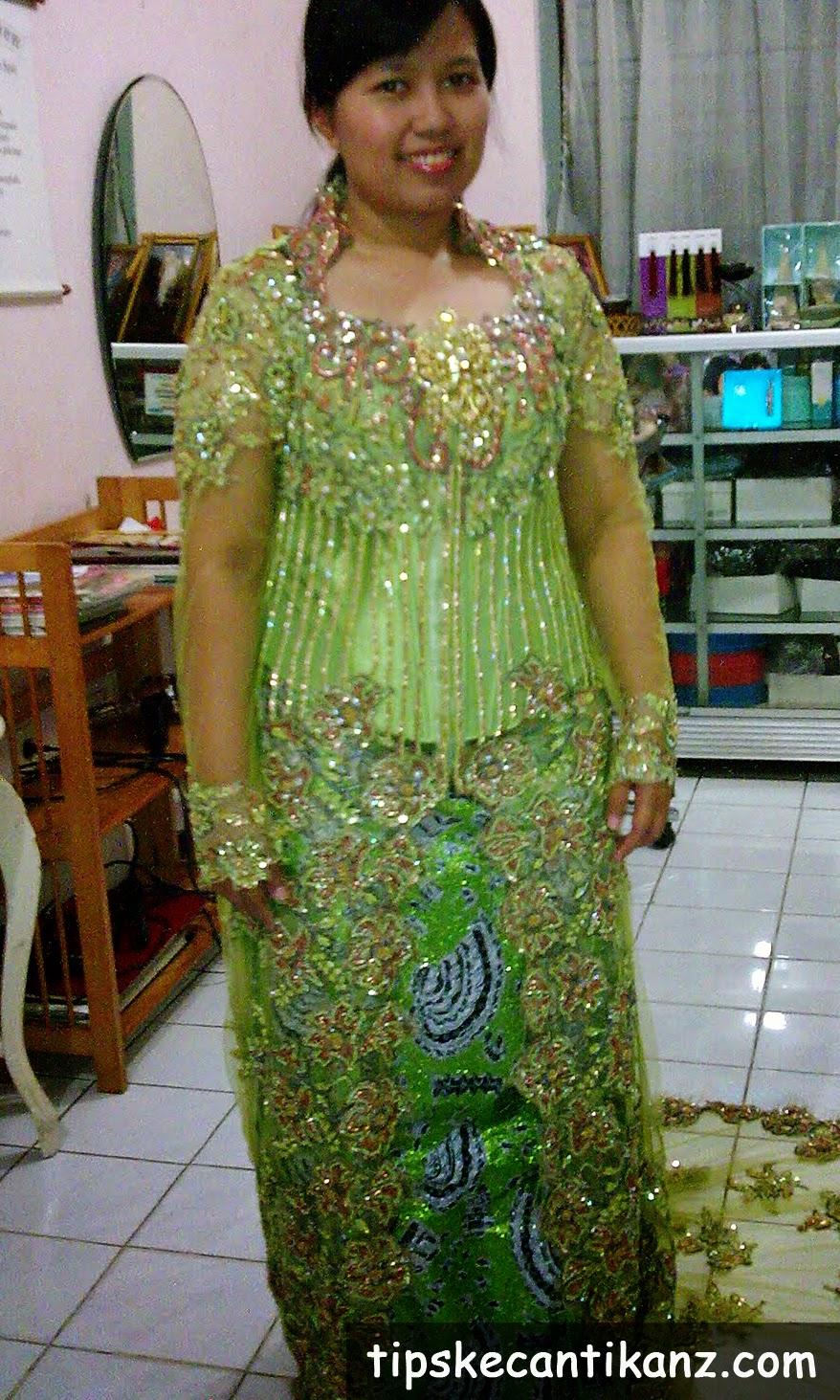 Contoh Desain Baju Atasan Batik Wanita Gemuk | 1001desainer