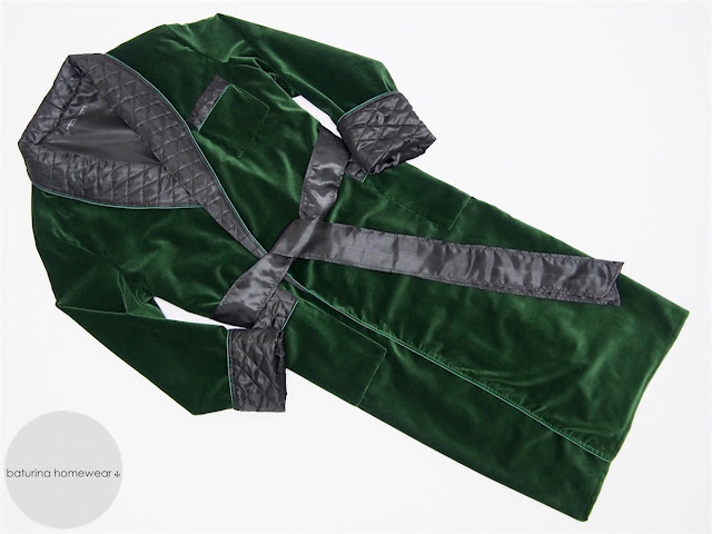 Extra warm green velvet men's dressing gown robe with quilted black silk collar in full length