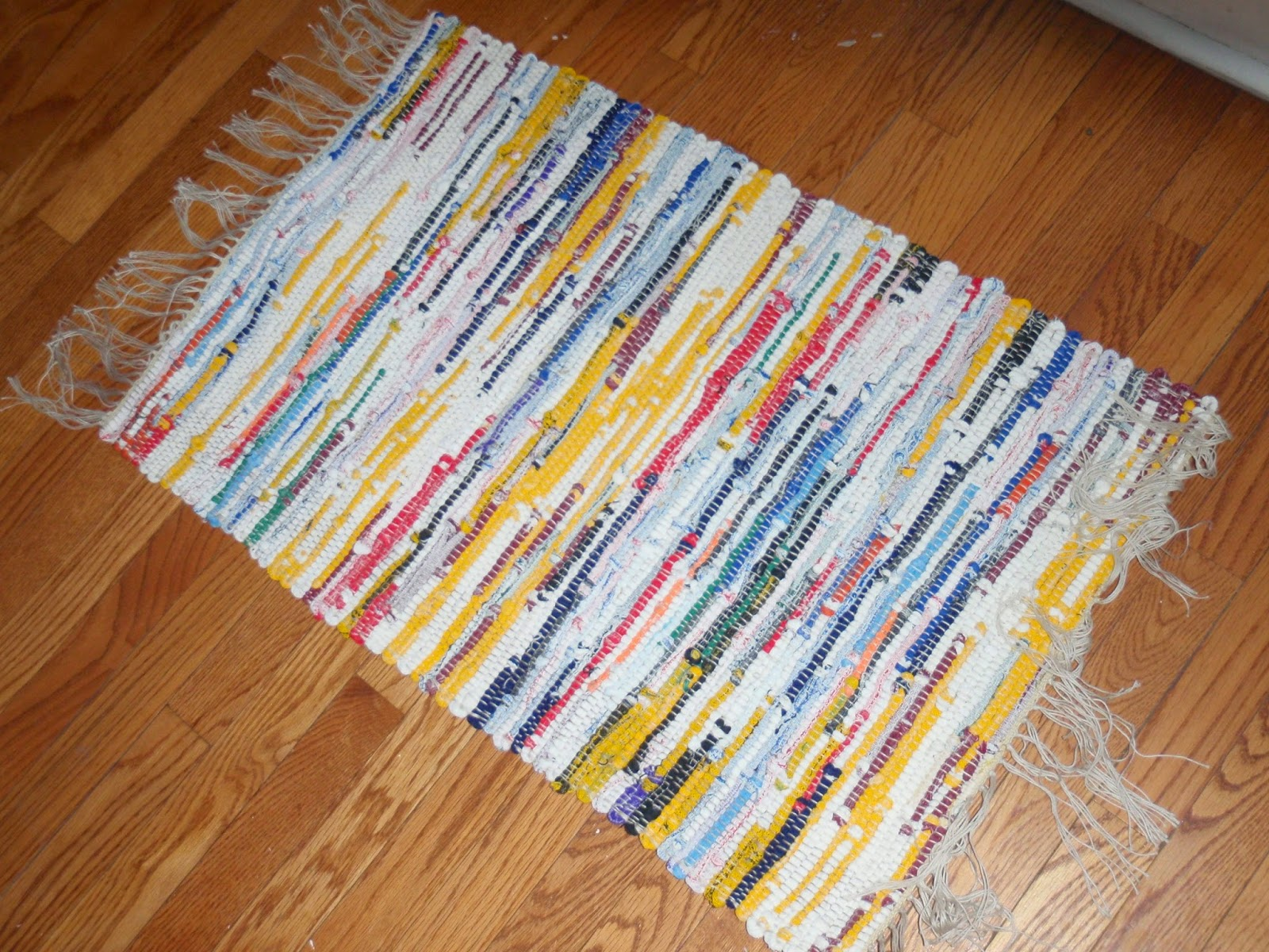They Are Made From Textured Fabric Remnants And Weave Into Very Soft Thick Rugs Would Be Perfect For A Bathroom