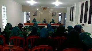 Pertemuan Rutin PKK Kecamatan Cikajang Di Desa Cikandang