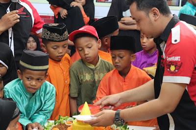 Potong tumpeng - 4Th Verza Rider Community Indonesia - Batam