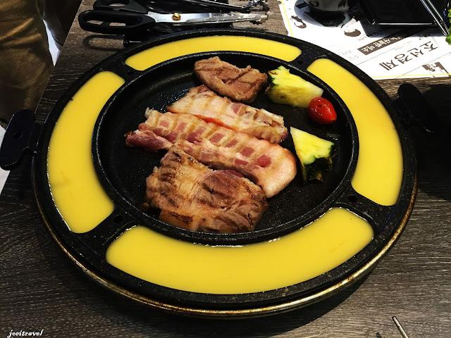 IMG 7235 - 【台中美食】來自韓國的『打啵雞DoubleG』韓國無敵王燒肉串VS熊掌拉麵 滿滿的飽足感稱霸你的胃 @打啵雞 @doubleG @巨大熊掌拉麵 @韓國無敵王燒肉串