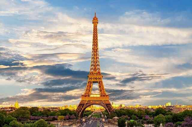 The Eiffel Tower can be 15 cm taller during the summer Science Fact