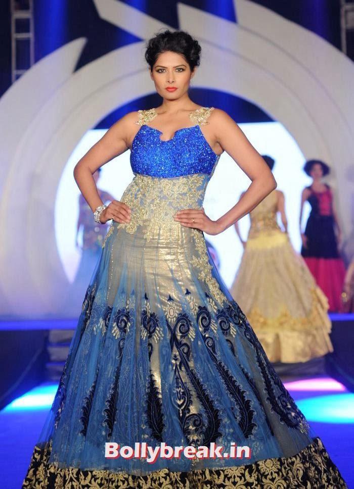 Priyanka Shah, Rohit Verma's Fashion Show Pics