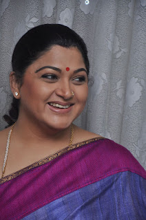 Kushboo in silk saree stills (9).jpg