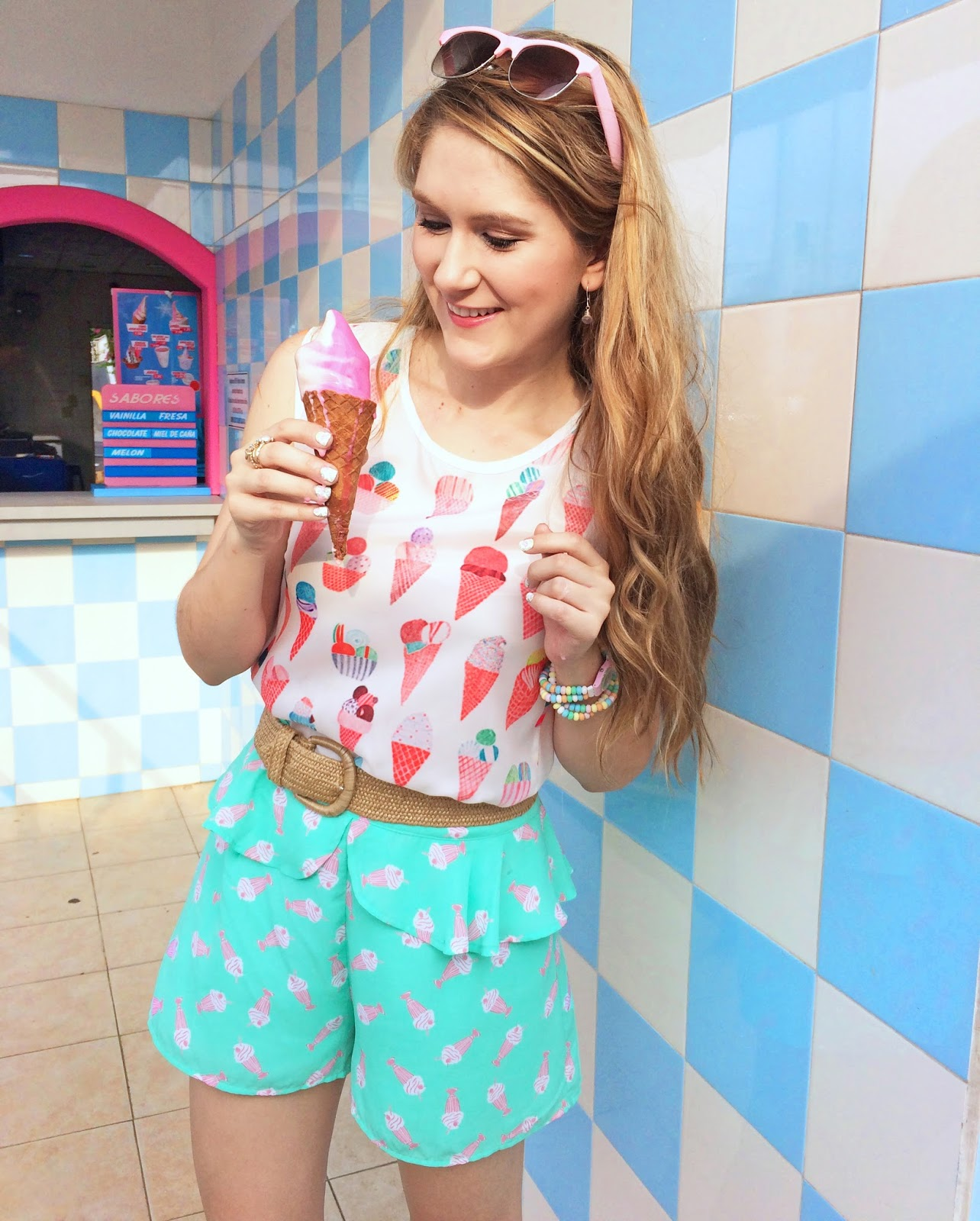 Casual outfit for Summer. The Ice cream prints are too cute!