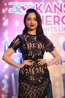 Tamannaah Bhatia at Launch of Kansai Nerolac new products Pics 018.jpg