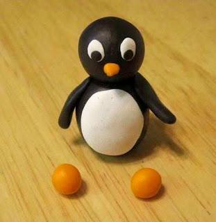 Cara Membuat Kerajinan Tangan Untuk Anak SD, Pinguin Dari Plastisin 7