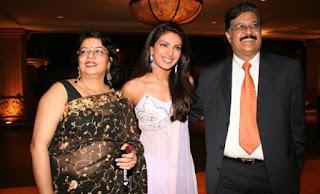 Priyanka Chopra, Biography, Profile, Biodata, Family , Husband, Son, Daughter, Father, Mother, Children, Marriage Photos.