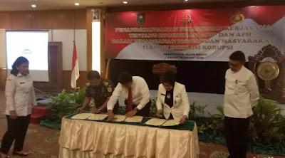 Penandatangan Mou Perjanjian Kerjasama Antara Kemendagri RI dengan Kejaksaan RI dan POLRI