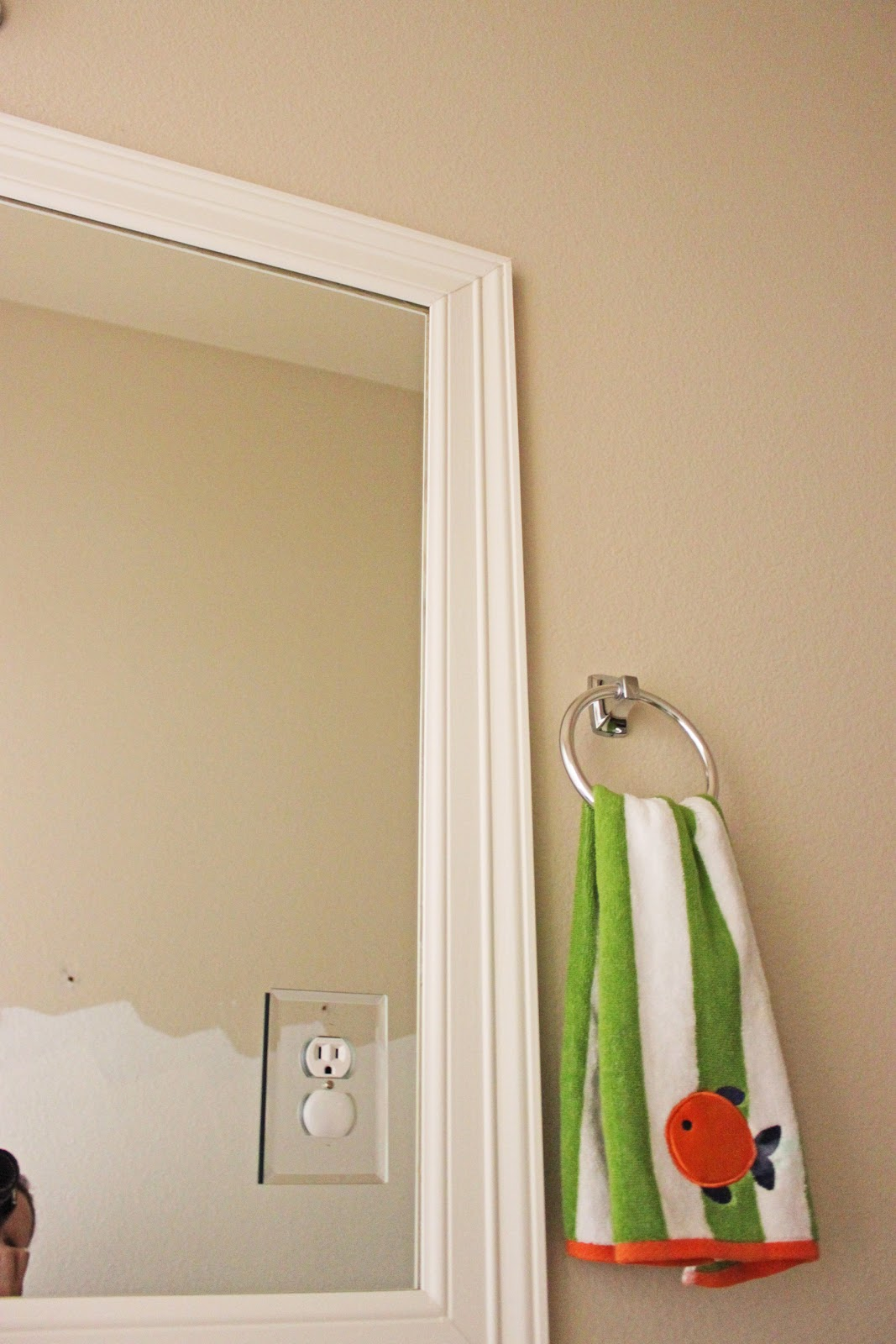 Mirror Frames For Bathrooms: Ginger Snap Crafts: Take A Look At You {my Favorites}
