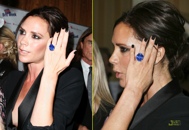 Images showing Victoria Beckham's blue sapphire ring