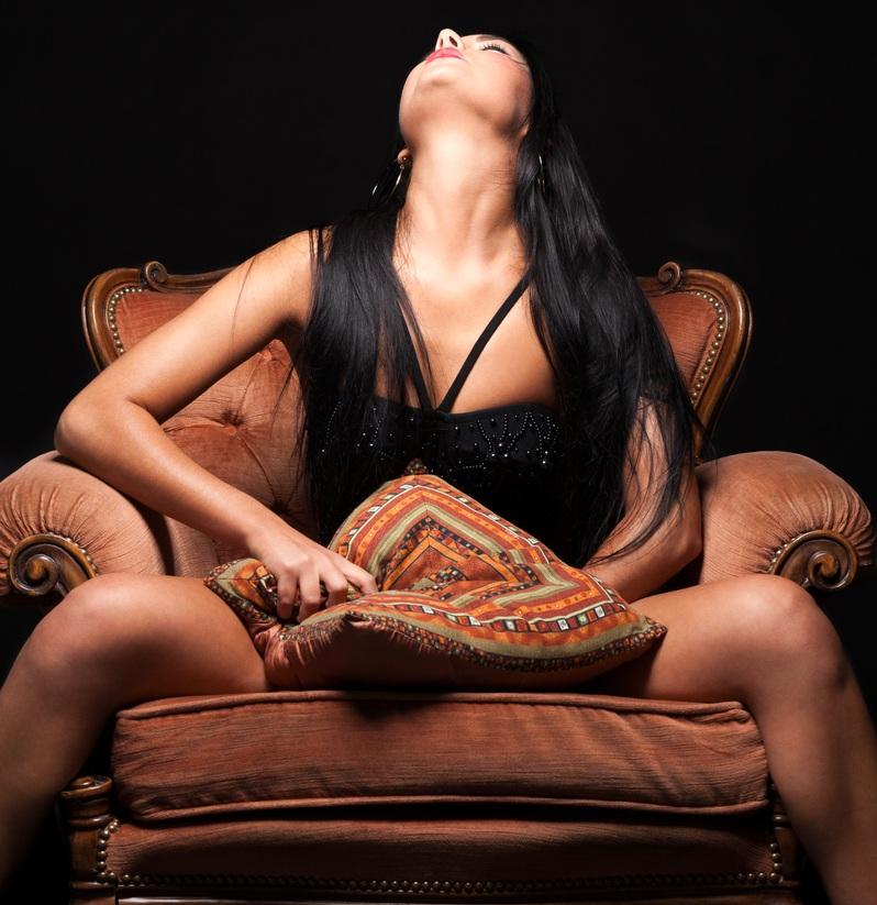 Girl Pleasuring Girl