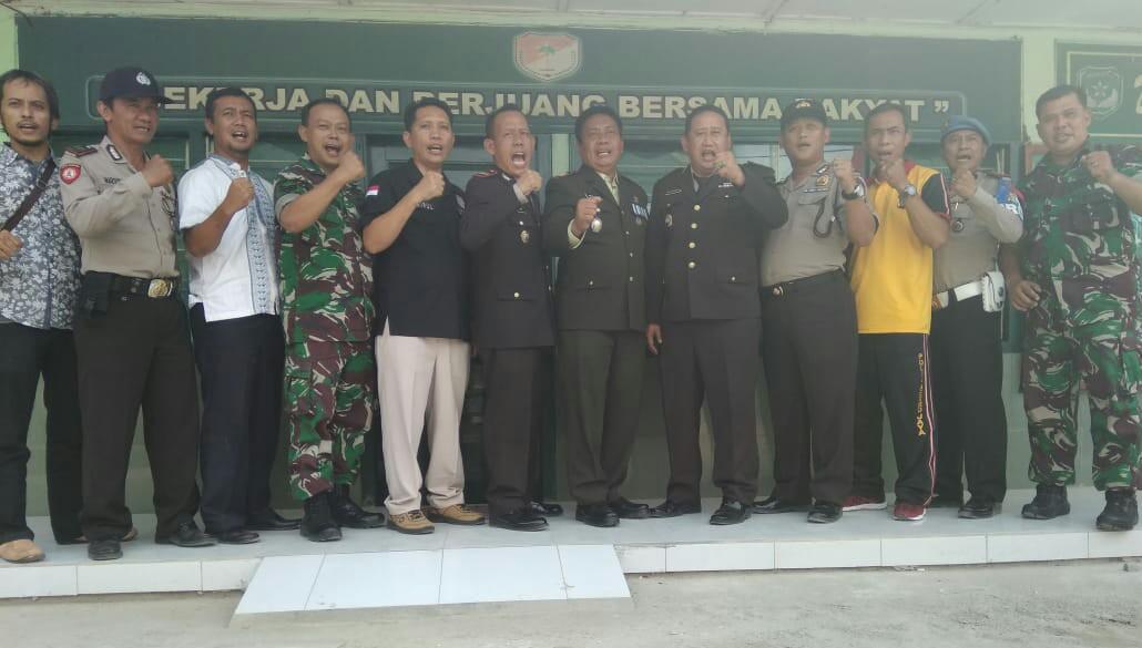 Sambut HUT TNI ke 73,Dua Kapolsek Kunjungi Koramil Sepatan