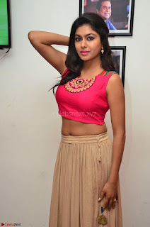 Akshita super cute Pink Choli at south Indian thalis and filmy breakfast in Filmy Junction inaguration by Gopichand ~ Exclusive