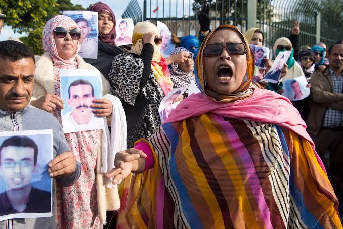 """Amnistía Internacional denuncia """"estrategia letal de represión"""" contra manifestantes en el Sáhara Occidental."""
