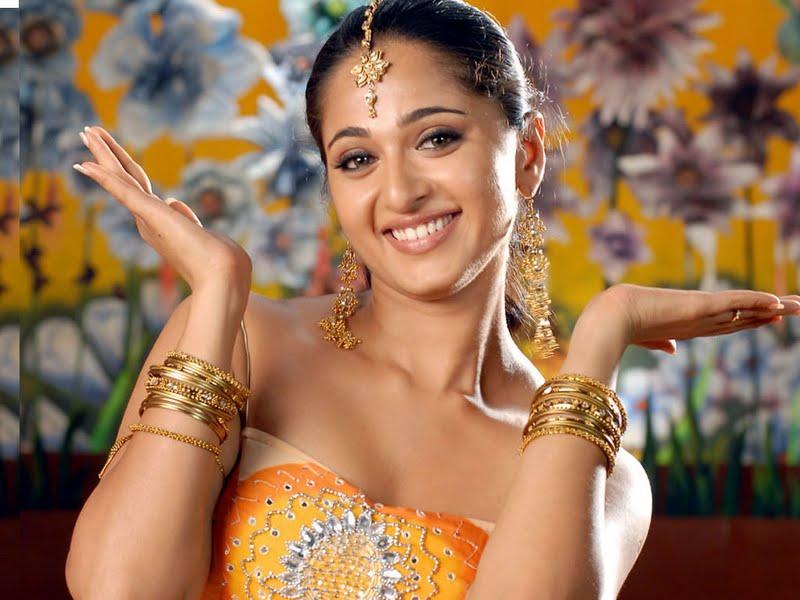 Best Celeberties Wallpapers: Anushka Shetty Hot Wallpapers