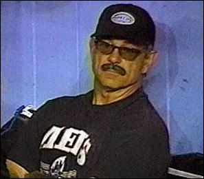 Fesselnd Remembering Mets History: (1999) Bobby Valentine Wears Disguise In Dugout  After Ejection