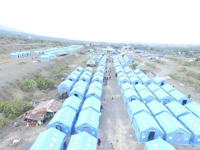 Dalam Satu Hari, Satgasgab Yonif PR 432 Kostrad Berhasil Dirikan 200 Tenda Pengungsi