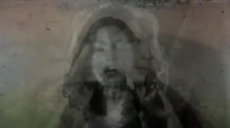 Bárbara Llanes - ¨Ya estoy alegre y tranquila¨ - Videoclip - Dirección: Marcel Beltrán. Portal Del Vídeo Clip Cubano - 05