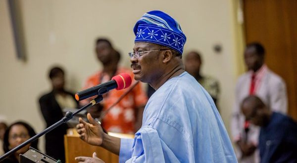 WATCH Governor Ajimobi's epic reply to criticism over the demolition of Ayefele's music house