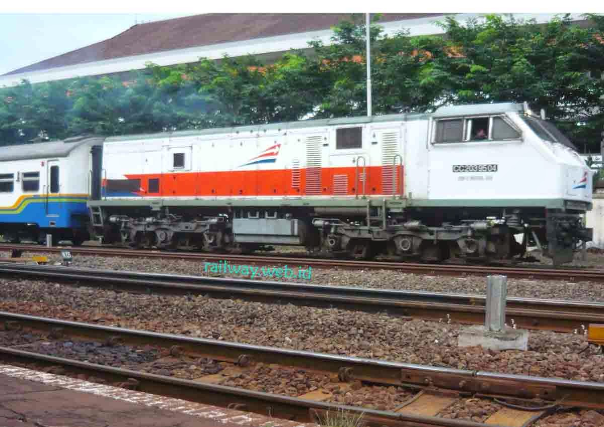 Tiket Kereta Api Senja Utama Yogyakarta Februari