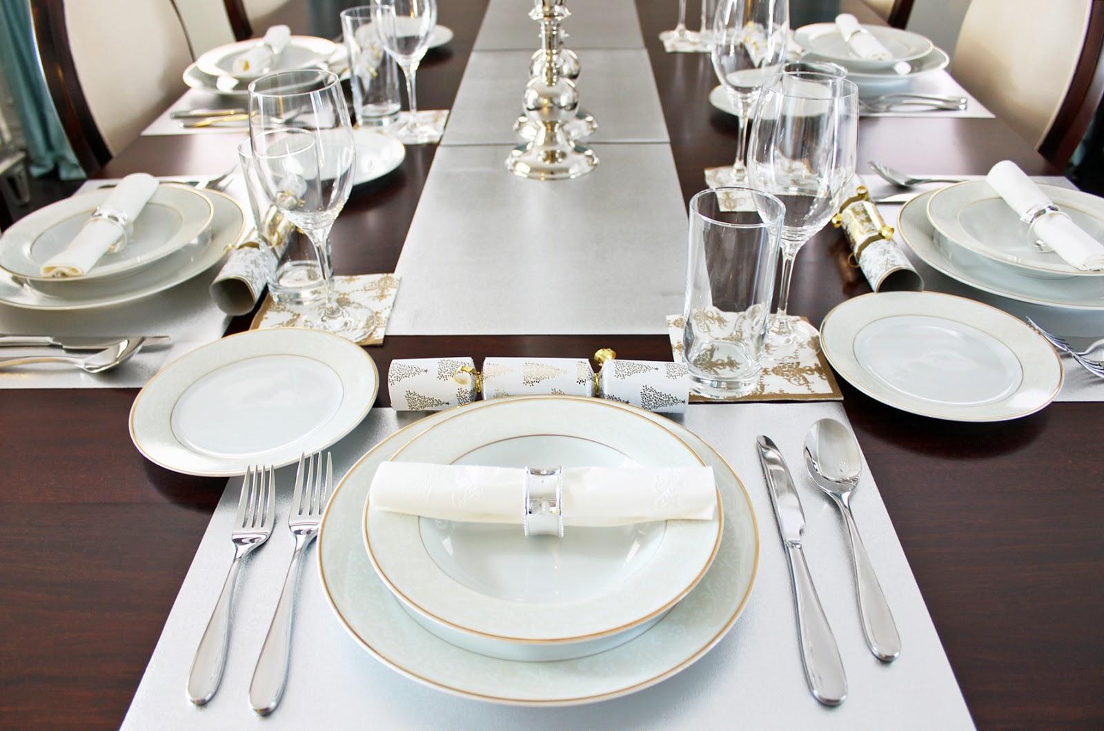 table set up tata hidang. Black Bedroom Furniture Sets. Home Design Ideas