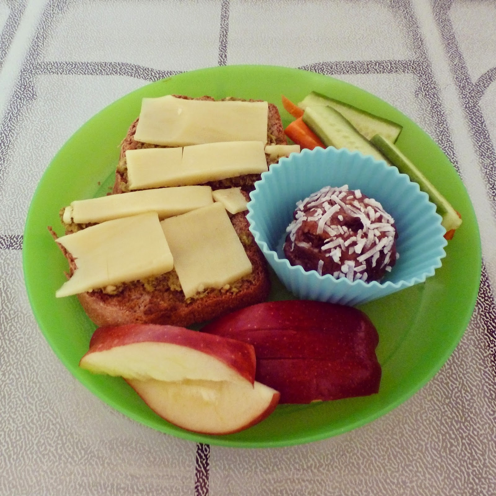 Healthy Hearts, Happy Home: Real Food Lunches for Kids