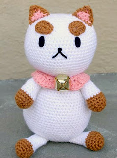 http://translate.google.es/translate?hl=es&sl=en&u=http://blog.twinkiechan.com/2013/11/02/free-crochet-pattern-wiwt-bee-and-puppycat/&prev=search