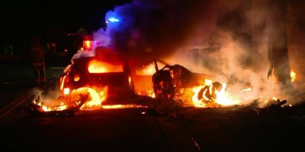 Unconscious man pulled from fiery wreckage in the Blue Mountains