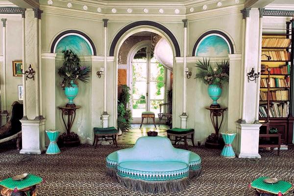 Decor inspiration madeleine castaing french designer for Madeleine decoration