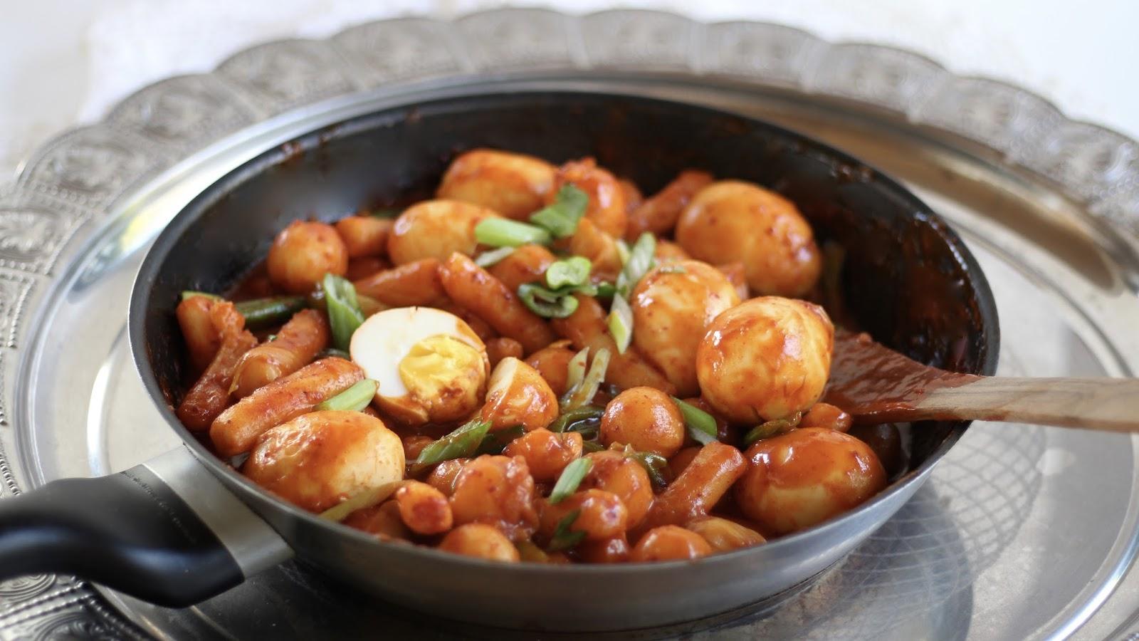Tteokbokki - hot & spicy ricecakes: Rezept folgt!