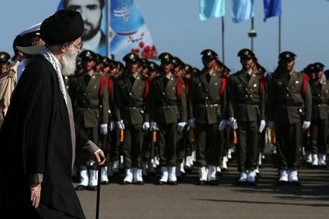 إيران تستعد لمعاملة الولايات المتحدة كدولة إرهابية