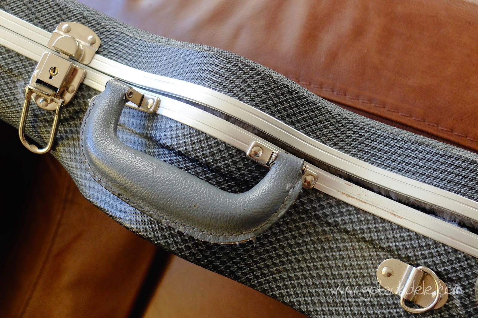 TGI ABS Ukulele Case handle