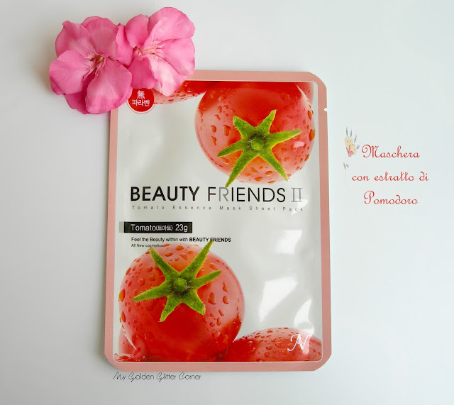 skincare-beauty-routine-korean-maschera-tessuto-viso-estratto-pomodoro-liquirizia-acido-ialuronico