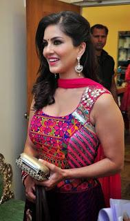 glamorus Indian model pic, Glamour India girls model, Cute charming Model pic