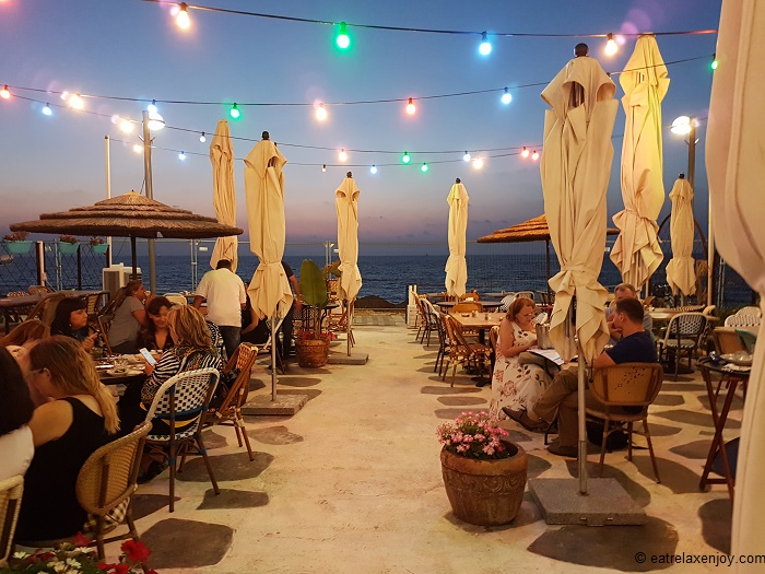 A Greek fest at Parakalo Restaurant Jaffa