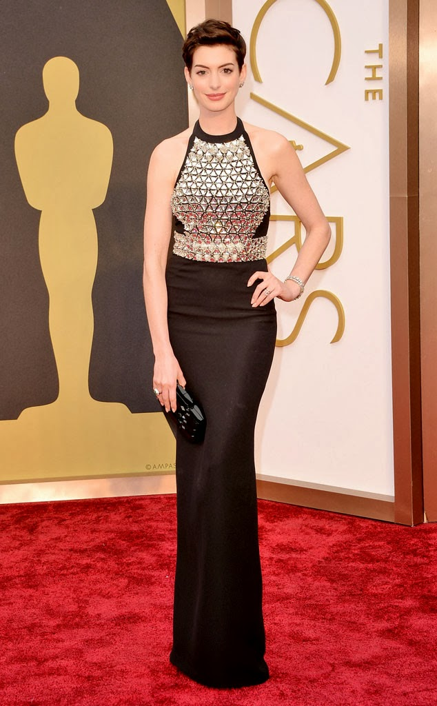 Anne Hathaway in Gucci at the Academy Awards 2014
