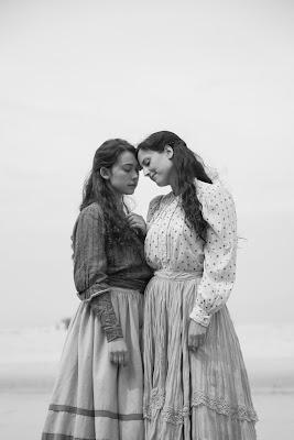 Elisa y Marcela, Greta Fernández, Natalia de Molina, Isabel Coixet, Netflix, póster