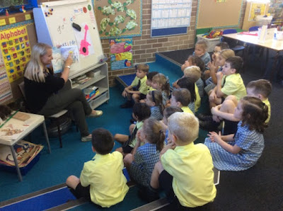 Mystery Reader in Class Platypus