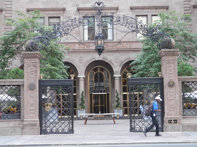 Gossip Girl The Palace