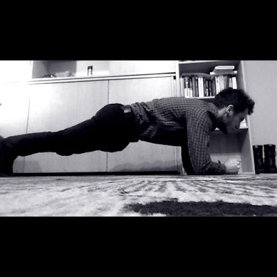 Kalistenika dla kobiety - Jak zacząć trenować plank